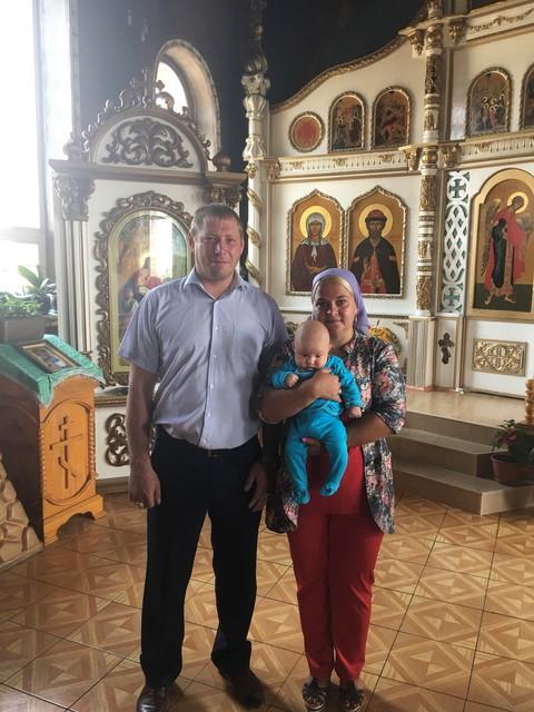 Покрестили малыша)