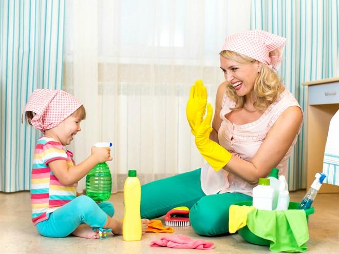 Совет дня: приобщайте ребенка к выполнению домашних дел с раннего возраста