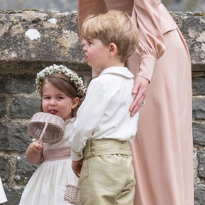 Принцесса Шарлотта на свадьбе Пиппы Миддлтон