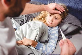 Что делать при повышенной температуре и рвоте у ребенка