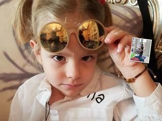 Видео: дочка Тимати увлеклась воздушной гимнастикой