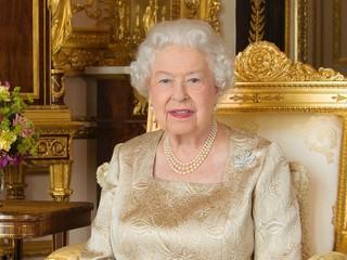 Королевский праздник: в Великобритании отмечают день рождения Елизаветы II