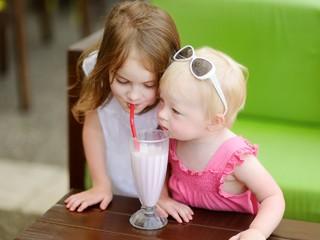 Совет дня: научите старшего ребенка уступать младшему без обид