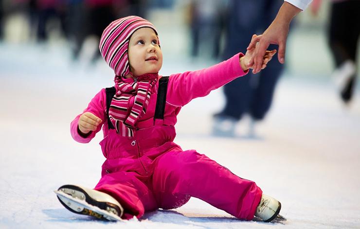 на роликовых коньках