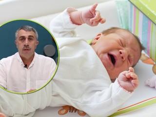 Доктор Комаровский пояснил, как правильно успокаивать плачущего ребенка