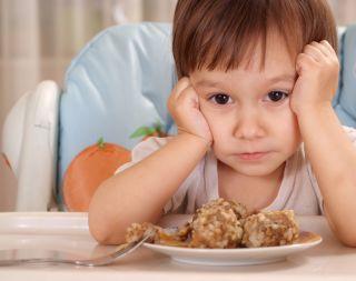 Почему ребенок плохо ест и что делать в этом случае
