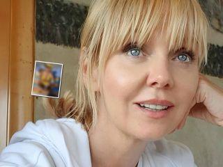 Певица Валерия поразила поклонников стройной фигурой в купальнике