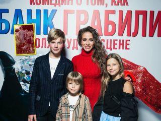 До мурашек: дети Юлии Барановской поражают сходством с мамой и тетей в этом возрасте