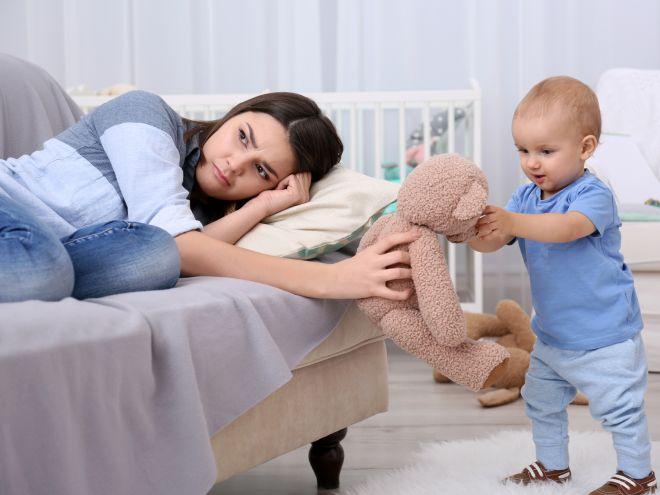 Монолог мамы: «Я посмотрела в зеркало и поняла, что выгляжу как прислуга у своего ребенка»