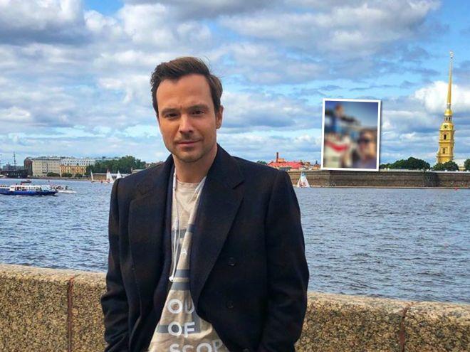 Два капитана: Алексей Чадов отдыхает на яхте вместе с подросшим сыном